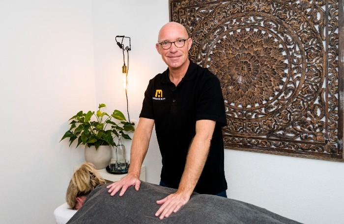 Erik Zoomers. Masseur bij Massage Helpt.